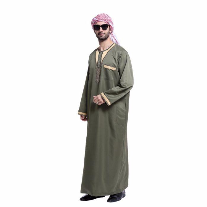 Djellaba pour homme vert avec manches longues et poche.